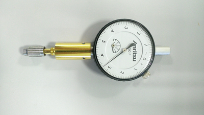 A connector pin depth gauge