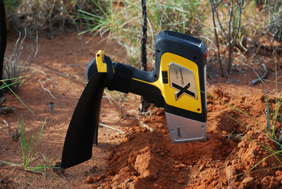 The compact, lightweight Delta Element hand-held XRF analyser from Olympus