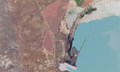 The solar farm site is on 1100 ha to the north of the Whyalla Steelworks.