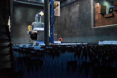The Hertz Chamber testing facility at ESTEC